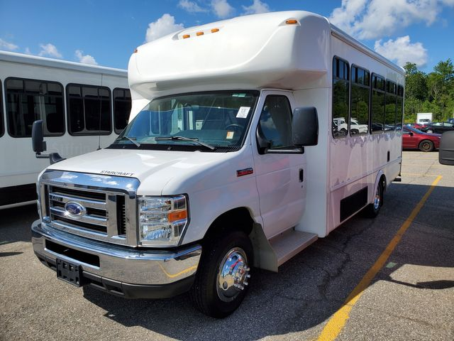 2017 Ford 14 Passenger Bus Wheelchair Accessible