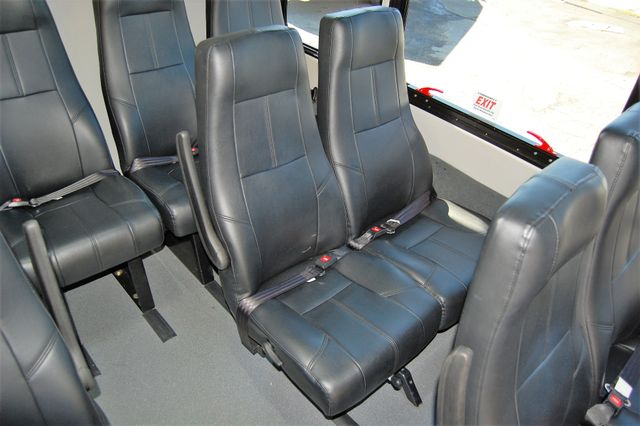 2017 Ford 15 Pass Mini Bus Charlotte, North Carolina 16