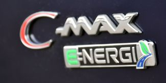 2017 Ford C-Max Energi Titanium Waterbury, Connecticut 12