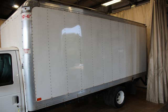 2017 Ford E-Series Cutaway box truck tommy lift in Roscoe, IL 61073