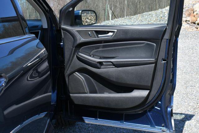 2017 Ford Edge Titanium Naugatuck, Connecticut 12