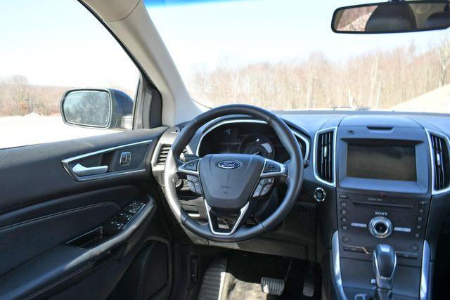 2017 Ford Edge Titanium Naugatuck, Connecticut 18