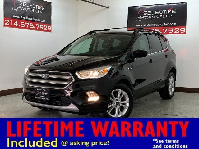 2017 Ford Escape SE, NAV, REAR VIEW AID, HEATED FRONT SEATS