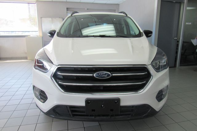2017 Ford Escape Titanium W/ NAVIGATION SYSTEM/BACK UP CAM Chicago, Illinois 1