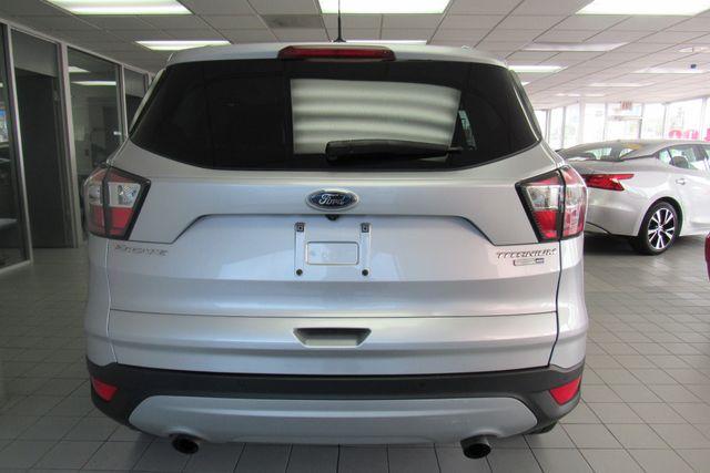 2017 Ford Escape Titanium W/ BACK UP CAM Chicago, Illinois 4