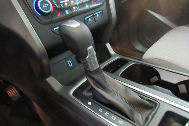 2017 Ford Escape SE W/ BACK UP CAM Chicago, Illinois 16