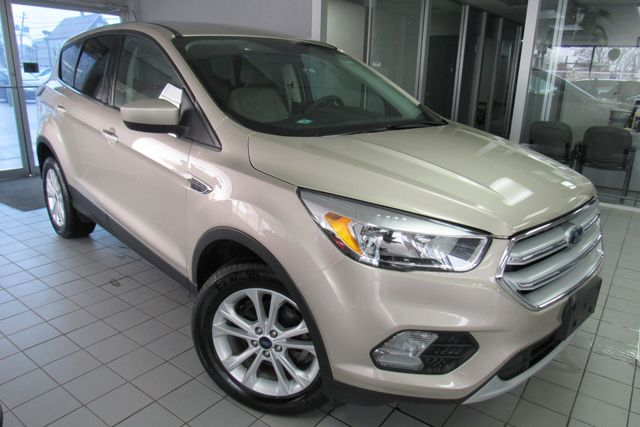 2017 Ford Escape SE W/ BACK UP CAM Chicago, Illinois