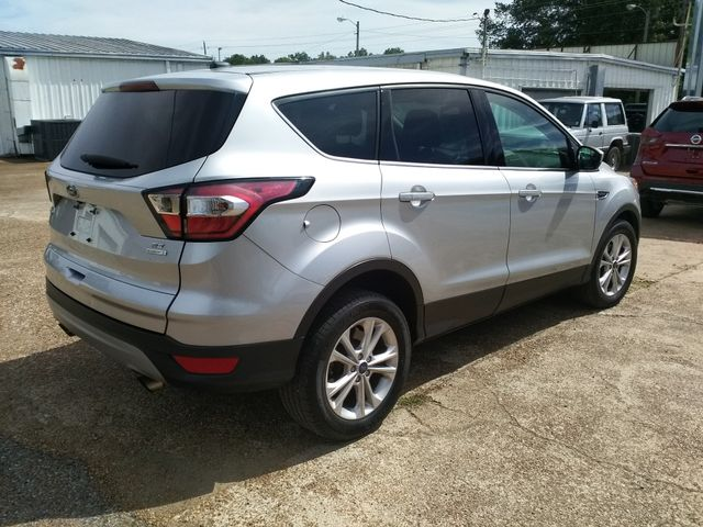 2017 Ford Escape SE Houston, Mississippi 4