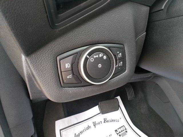 2017 Ford Escape SE Houston, Mississippi 12