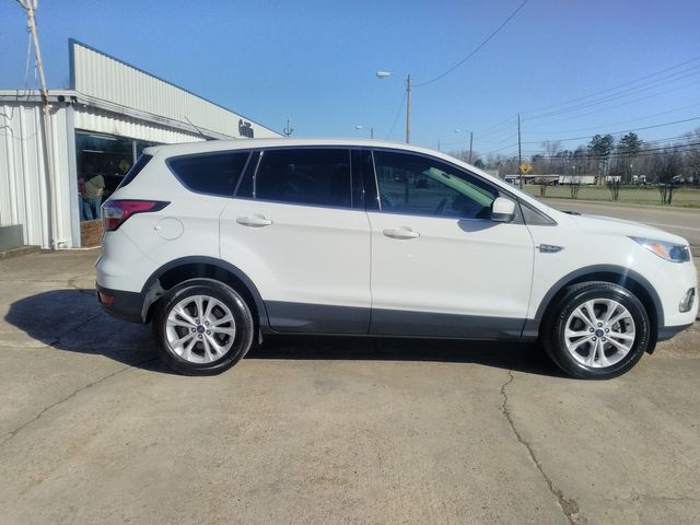 2017 Ford Escape SE Houston, Mississippi 3