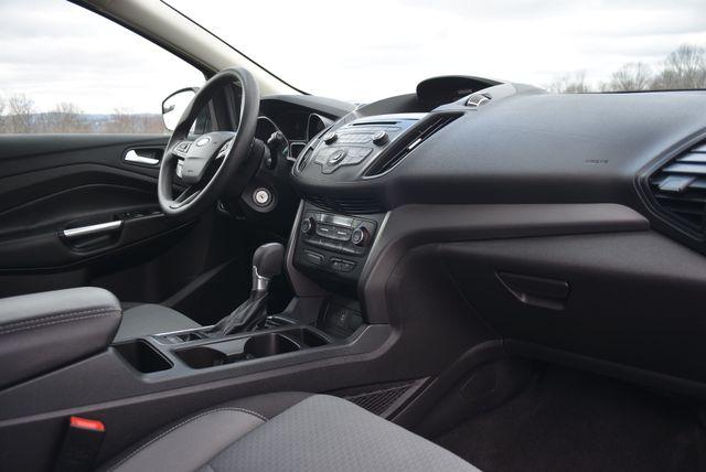 2017 Ford Escape SE Naugatuck, Connecticut 9