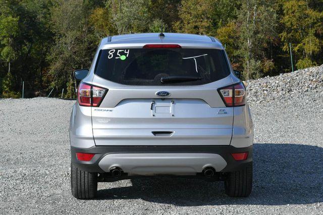 2017 Ford Escape SE Naugatuck, Connecticut 3