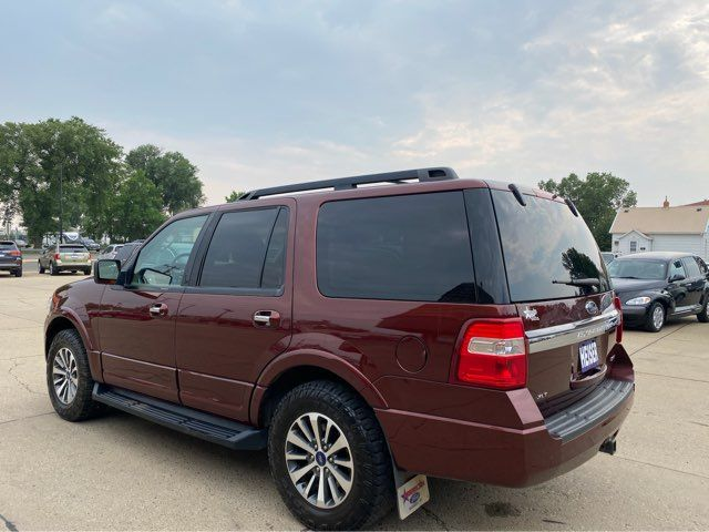 2017 Ford Expedition XLT in Dickinson, ND 58601