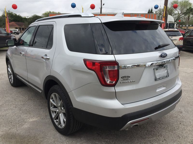 2017 Ford Explorer Limited  Brownsville TX  English Motors  in Brownsville, TX