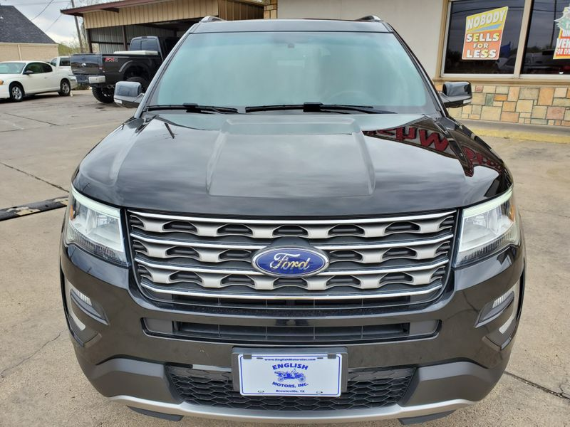 2017 Ford Explorer XLT  Brownsville TX  English Motors  in Brownsville, TX