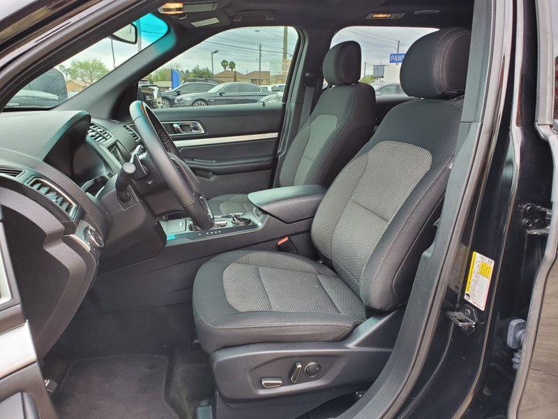 2017 Ford Explorer XLT  Brownsville TX  English Motors  in Brownsville, TX