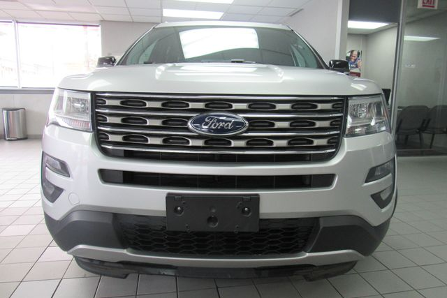 2017 Ford Explorer XLT W/ BACK UP CAM Chicago, Illinois 3