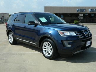 2017 Ford Explorer XLT in Gonzales, TX 78629