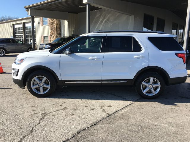 2017 Ford Explorer XLT 4X4 2.3L I4 in Gower Missouri, 64454