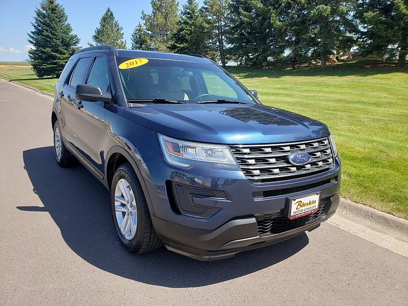 2017 Ford Explorer Base  city MT  Bleskin Motor Company   in Great Falls, MT