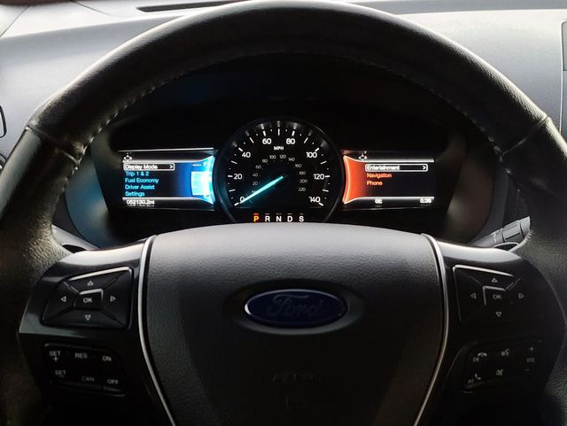 """2017 Ford Explorer Limited 4WD 3.5L V6 Leather/Navigation/20"""" Alloys in Louisville, TN 37777"""