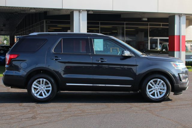 2017 Ford Explorer XLT FWD - TECHNOLOGY PKG - 202A - TOP OF THE LINE! Mooresville , NC 14