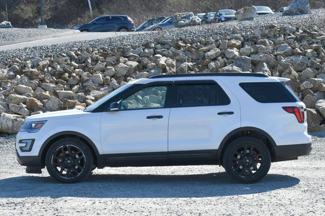 2017 Ford Explorer Sport 4WD Naugatuck, Connecticut 3