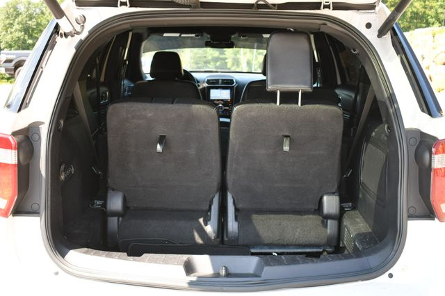 2017 Ford Explorer Limited 4WD Naugatuck, Connecticut 5