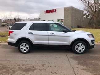 2017 Ford Explorer AWD Police Osseo, Minnesota 3