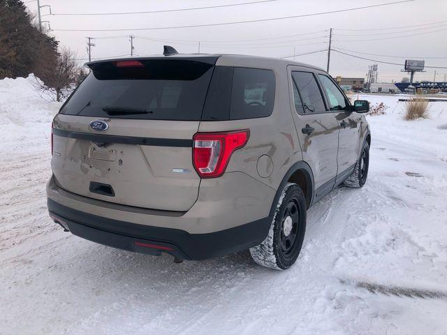 2017 Ford Explorer Police AWD Osseo, Minnesota 3