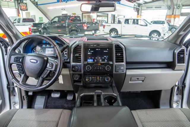 2017 Ford F-150 XLT 4x4 in Addison, Texas 75001