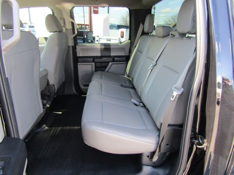 2017 Ford F-150 Crew Cab XL 6.5' Bed 4x4 in Ephrata, PA