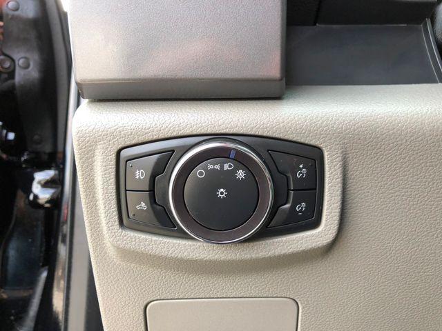 2017 Ford F-150 XLT 4X4 5.0L V8 in Gower Missouri, 64454