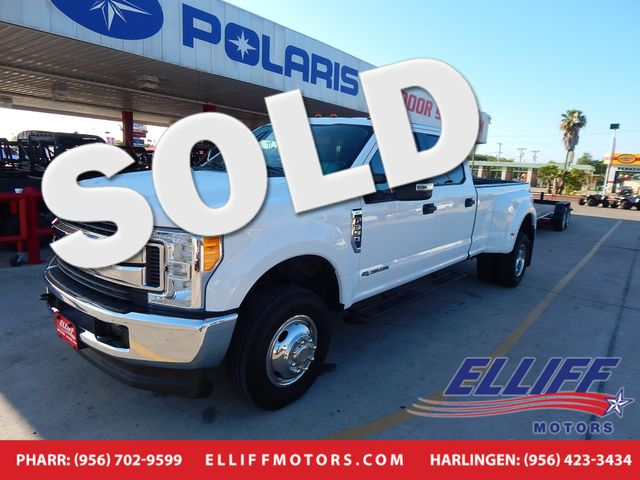 2017 Ford Super Duty F-350 DUALLY XLT 4X4