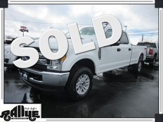 2017 Ford F350 XLT FX4 C/Cab 4WD in Burlington, WA 98233