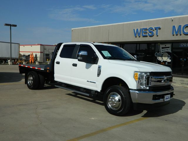 2017 Ford Super Duty F-350 DRW Chassis Cab XL