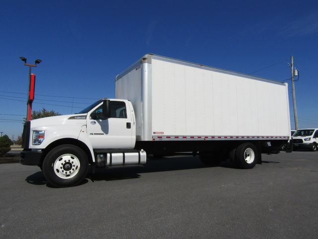 2017 Ford F650 24' Box Truck with Lift Gate Non CDL
