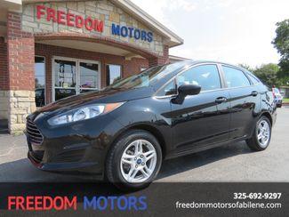 2017 Ford Fiesta SE   Abilene, Texas   Freedom Motors  in Abilene,Tx Texas
