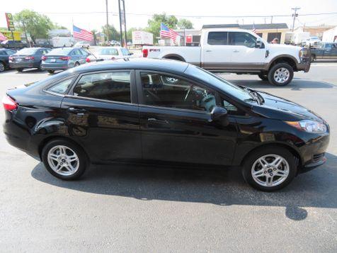 2017 Ford Fiesta SE | Abilene, Texas | Freedom Motors  in Abilene, Texas