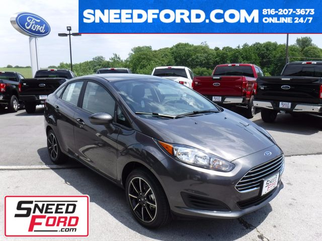 2017 Ford Fiesta SE Sedan in Gower Missouri, 64454