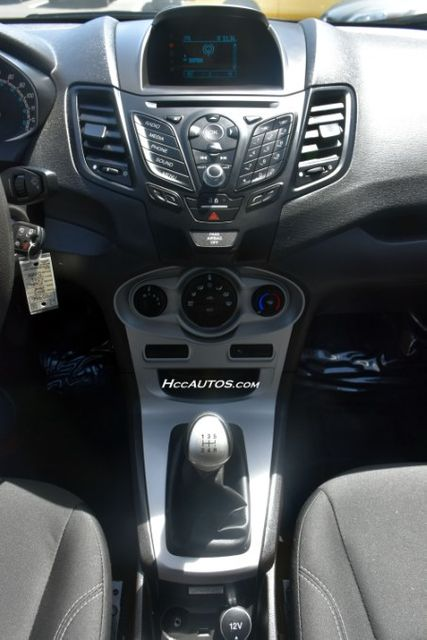 2017 Ford Fiesta SE Waterbury, Connecticut 28