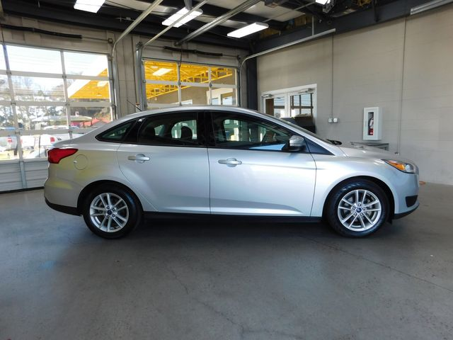2017 Ford Focus SE in Airport Motor Mile ( Metro Knoxville ), TN 37777