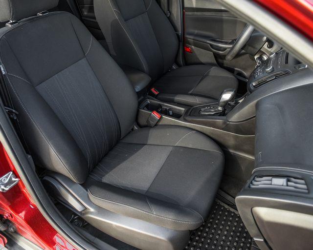 2017 Ford Focus SE Burbank, CA 10