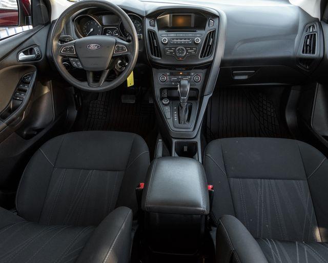 2017 Ford Focus SE Burbank, CA 13