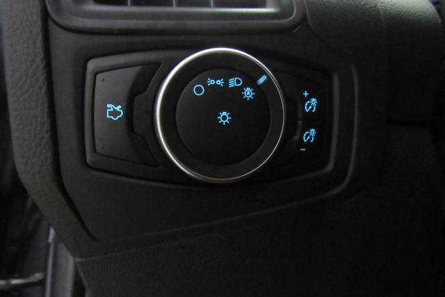 2017 Ford Focus SE W/ BACK UP CAM Chicago, Illinois 11