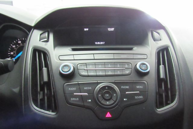 2017 Ford Focus SE W/ BACK UP CAM Chicago, Illinois 18
