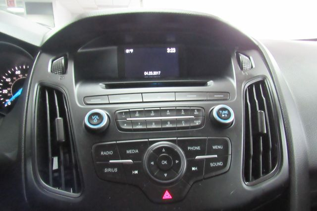 2017 Ford Focus SE W/ BACK UP CAM Chicago, Illinois 17