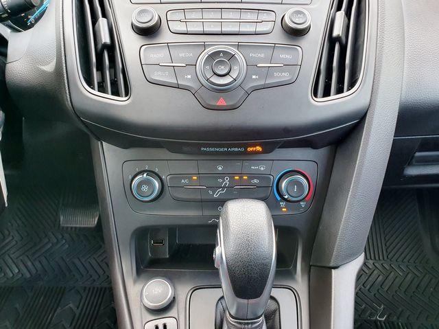 2017 Ford Focus SE 2.0L in Louisville, TN 37777