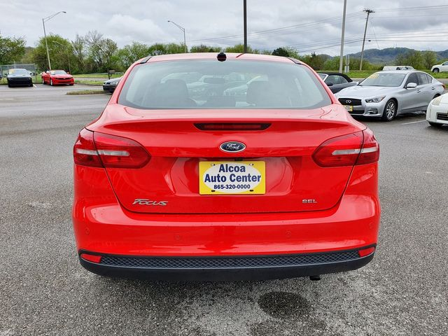 "2017 Ford Focus SEL w/SYNC/Sunroof/17"" Alloy Wheels in Louisville, TN 37777"