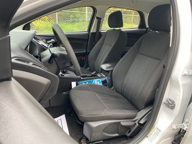 2017 Ford Focus SE Madison, NC 21